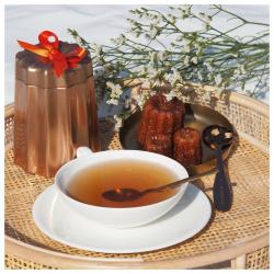 🔥au goûter, c'est thé au canelé ! un assemblage gourmand à base de thé noir, arômes naturels de vanille, rhum et caramel croquant... irrésistible et incontournable à Bordeaux ! #christeas #christeasbordeaux #maisondethe #depuis2001 #entreprisefamiliale #boutiquedethe #lartduthe #bychristel #assemblagedethe #thesignature #lethealabordelaise #the #tea #alheureduthe #infusezbuvezvivez #placedesgrandshommes #bordeauxmaville #boutiquechristeas #galeriedesgrandshommes #madeinbordeaux #maisondethefamiliale #theaucanele #gouter #teatime