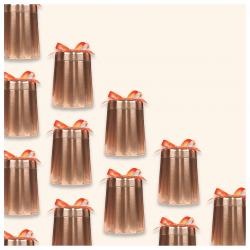 🎁 une jolie boîte métallique reprenant la forme des moules traditionnels du célèbre gâteau bordelais : le canelé ! une belle idée cadeau à (s')offrir...  #christeas #christeasbordeaux #maisondethe #depuis2001 #entreprisefamiliale #boutiquedethe #lartduthe #bychristel #assemblagedethe #thesignature #lethealabordelaise #the #tea #alheureduthe #infusezbuvezvivez #placedesgrandshommes #bordeauxmaville #boutiquechristeas #galeriedesgrandshommes #madeinbordeaux #maisondethefamiliale #theaucanele #gouter #teatime